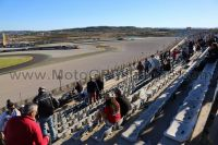 Tribune ROUGE <br />MotoGP Valence <br /> Circuit Cheste