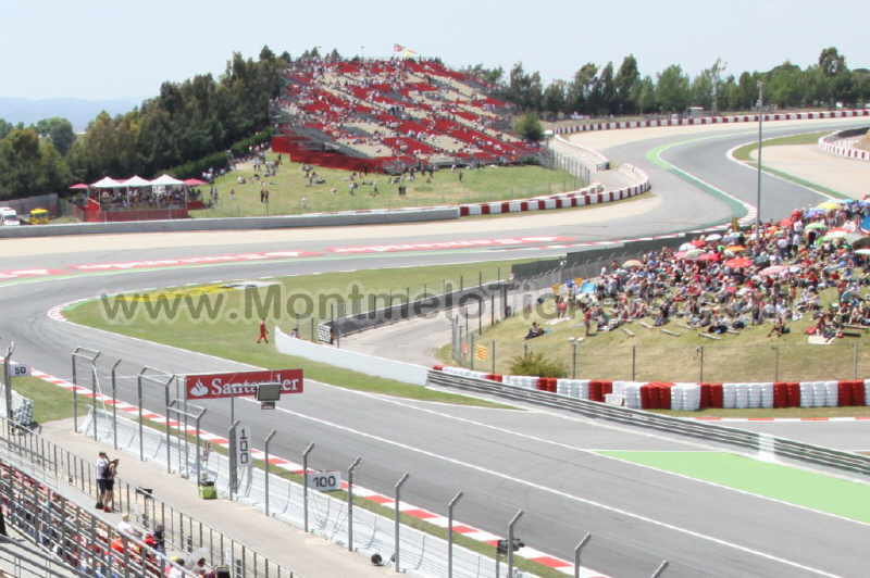 photos tribune a circuit catalogne motogp espagne. Black Bedroom Furniture Sets. Home Design Ideas
